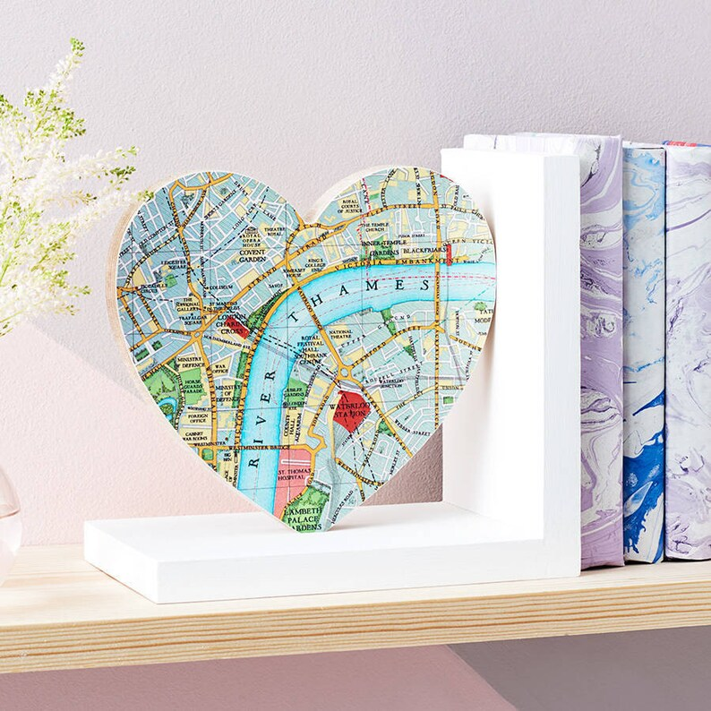 Personalised map Heart Bookend Map home decor anniversary | Etsy