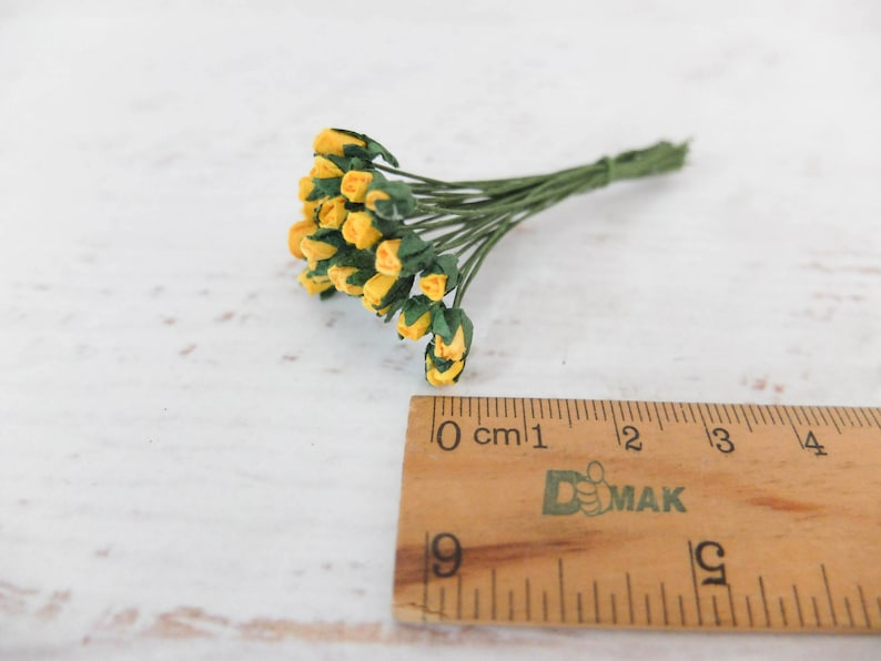 25 3mm mini paper yellow rose buds paper flowers