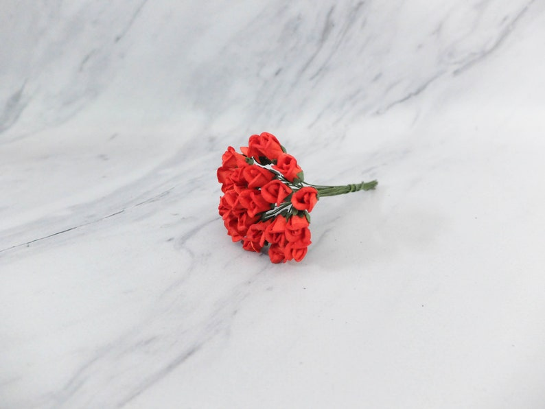 25 10mm red paper rose buds mini roses 1 cm paper flowers
