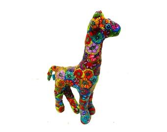 Miniature giraffe sculpture, giraffe art, giraffe decor, giraffe ornament, Giraffe, giraffe sculpture, Giraffe gift, Miniature, Giraffe