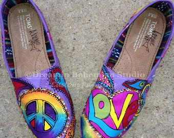 2bf38c72648 Peace sign toms