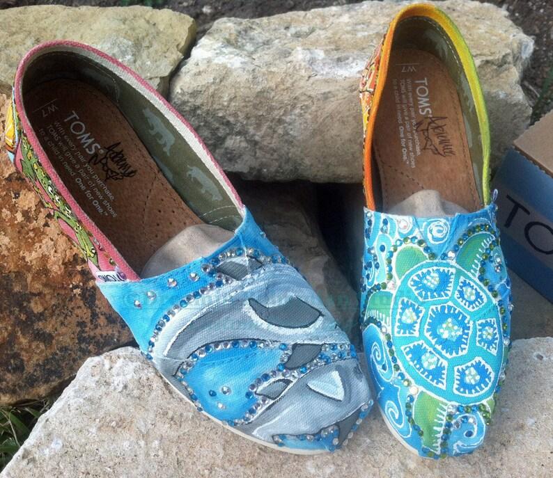 837b89b12c0 Handpainted Shoes for Women Custom Painted Toms Seaworld