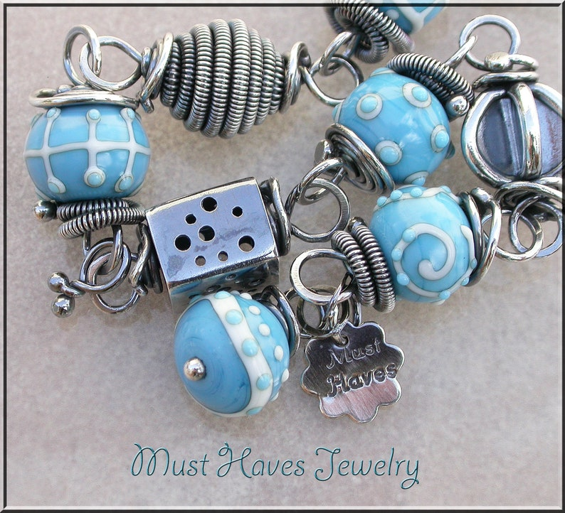 Fun Pattern turquoise and silver Lampwork link bracelet image 0