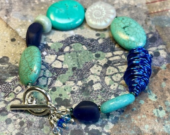 blue gemstone wire glass bracelet, contemporary boho luxe turquoise bracelet, TUTTI bracelet, great gift idea, everyday wear