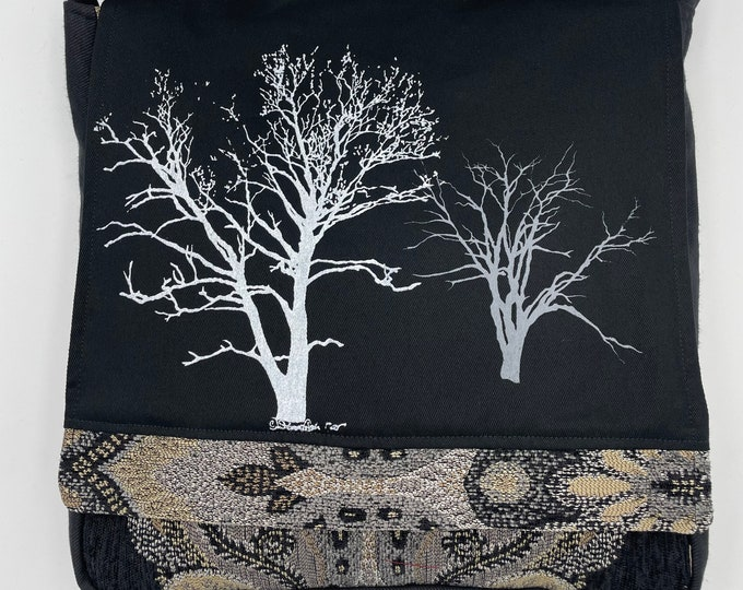 "Tree Messenger Bag 12"" Sycamore & Walnut Print Black Gray"