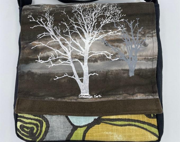 "Tree Messenger Bag 10"" Sycamore & Walnut Print Gray Storm"