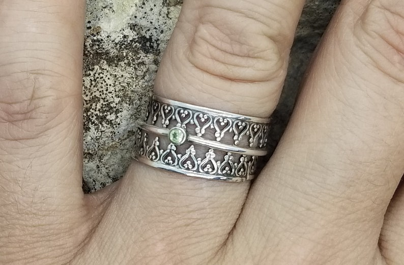 Mother/'s Ring Filigree Ring Guards with Simple Gemstone Band Engagement Ring Gift for Anniversary Wedding Ring Stacking Ring Set