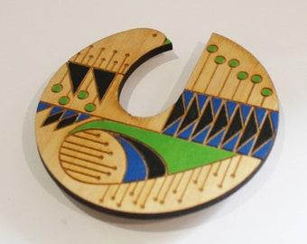 Wood bird brooch - sustainable  jewellery - statement jewellery - Christmas gift - scandinavian bird - statement brooch