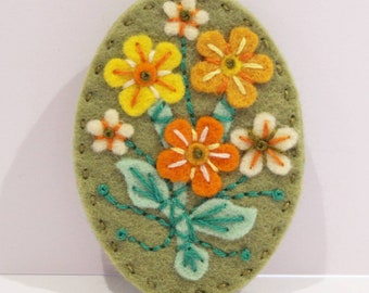 Posy felt brooch pin - hand embroidered - statement brooch - hand made jewelry