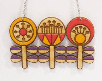 Wood necklace, scandi necklace, sustainable necklace, eco fashion, scandi design, scandi jewellery, statement necklace, eco necklace