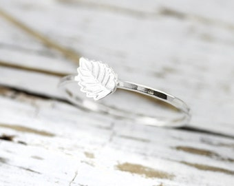 Tiny leaf ring - sterling silver stacking ring
