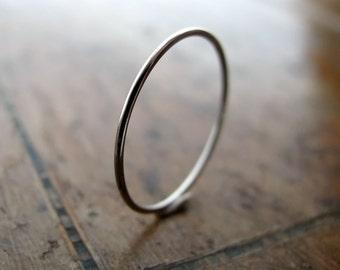 Platinum ring - extra skinny stacking ring