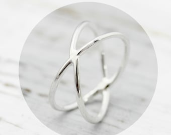 X ring - criss cross sterling silver ring