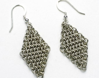 Euro 4 In 1 Pattern Pure Silver Rhombus Shaped Chainmaille Earrings
