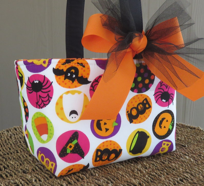 Halloween Trick or Treat Bag Basket Bucket  Fun Circles  Boo image 0