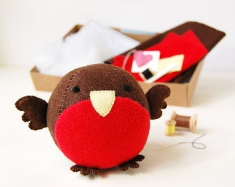 Make Your Own Robin Craft Kit - Plastic Free, Eco Friendly Sewing Kit