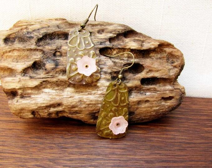 Metal disc embossed metal earrings Copper Brass Disc earrings Pink Resin Flower