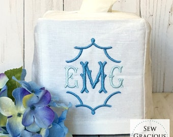 Monogrammed Tissue Box Cover, Powder Room, Guest Room, Bathroom Decor, Linen Wedding Gift, Hostess Gift, Personalized Gift, Pagoda font