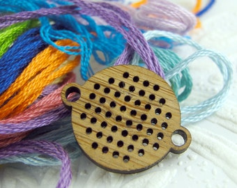 Cross stitch pendant blank, mini round connector in bamboo