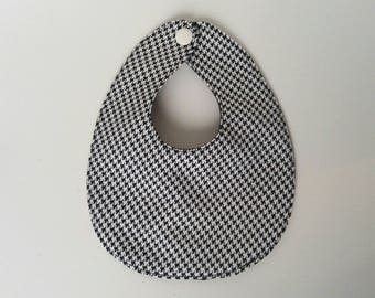 Houndstooth drool bib