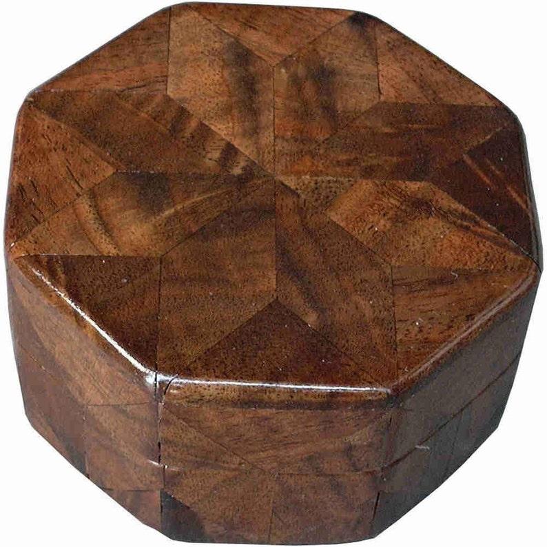 Walnut Burl Ring Box image 0