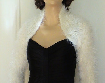 Made to order Wedding Bolero Kate Middleton Sweater Fluffy Angora look doesn/'t SHED V-neck No Buttons 34 Sleeves Crop Winter Bridal Bolero