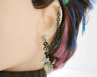 Mirkwood Elf Jewelry, Leaf Earring with Double Piercing, Green and Black LotR Jewelry - Leaves of the Woodland