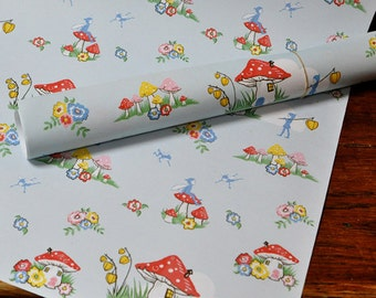 5 sheets of Pixie wrapping paper