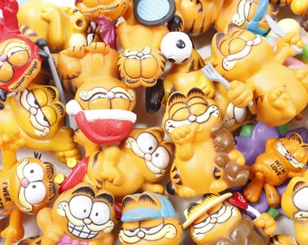 PICK Your OWN -Vintage Garfield PVC Figures Applause McDonalds Sports Devil  1970s 70s 80s 1980s Toy Lot Toy Collection - pyo-1 b6cbdae473bc