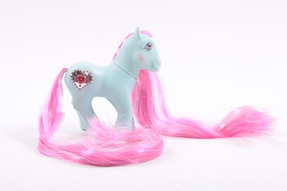 Mon petit poney à la retraite G1 Vintage princesse Serena magnifique reméchage - poney bleu avec le symbole du cœur ~ rose chambre ~ SS005