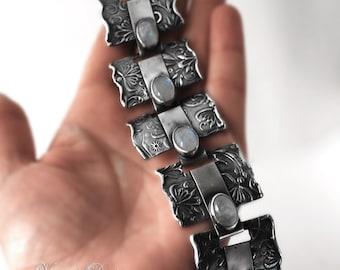 Gerda - Fine/sterling silver and rainbow moonstone bracelet