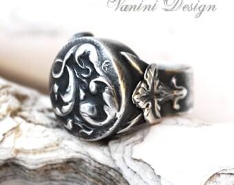 Arisaema - Fine silver, champagne zircon ring