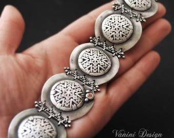 Center of Attention - Fine silver,champagne zircon brcelet