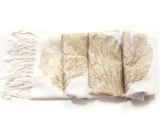 Seafan Heart Scarf White/Gold