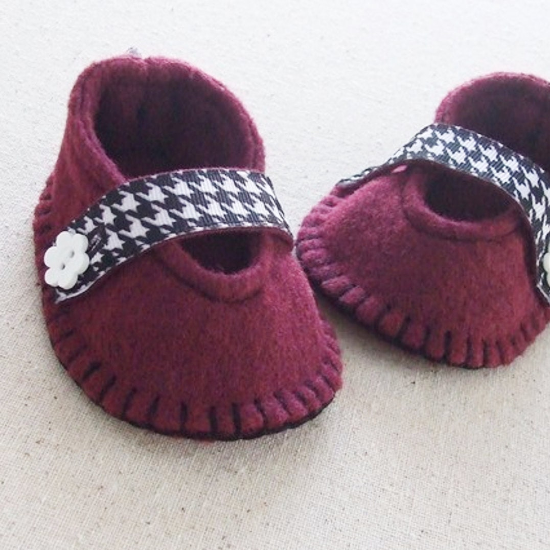 Pdf Baby Girl Pattern Diy Tutorial Felt Mary Jane Shoes Etsy