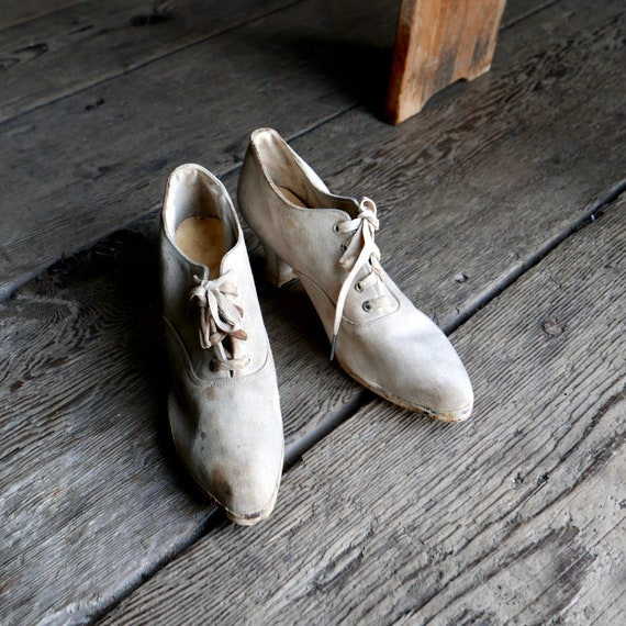 1910s Lace Up Keds Canvas Pumps Early Sport Shoes
