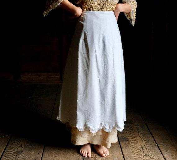 "Antique White Homespun Petticoat Skirt  34"" 35"" Wa"