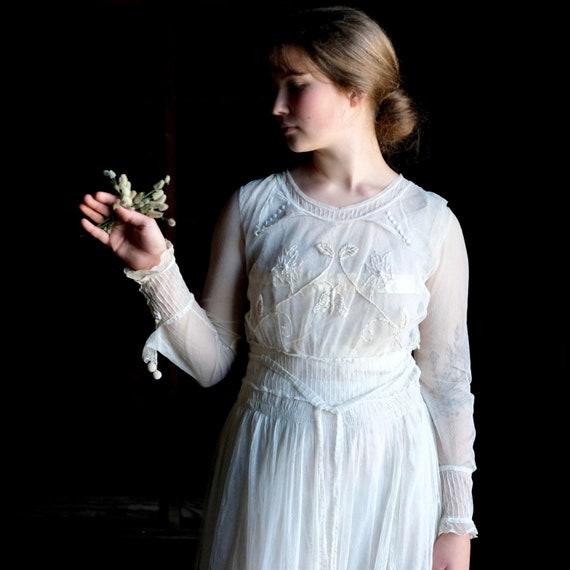 "Edwardian Lace Netting Tea Dress 26"" Waist"