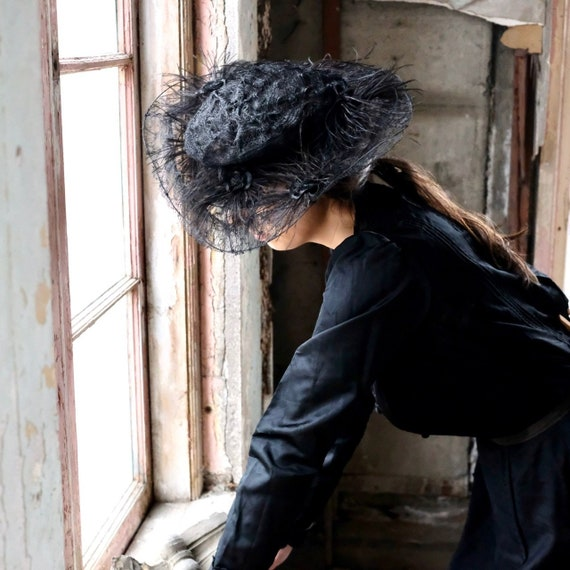 Edwardian Horsehair and Feather Hat