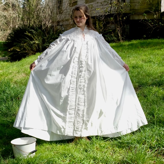 Antique 1880s Victorian Dressing Gown Nightdress … - image 10