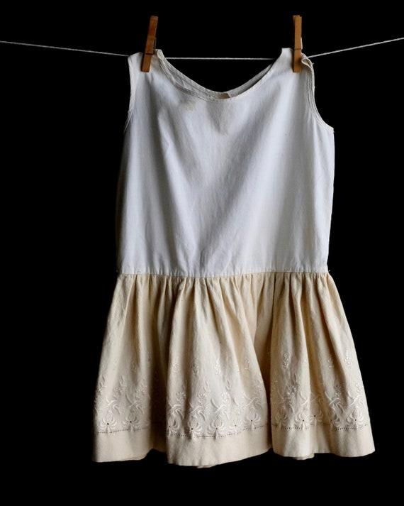 Victorian Girls Petticoat Underdress Size 4 - image 2