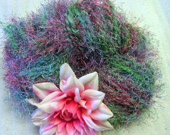 Y256 Hand Spun Wool Heathered Green Art Yarn W Fun Fur