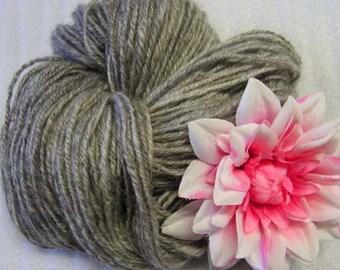 Y254 Hand Spun Navajo Plyed Soft Gray Heather Mohair Wool Blend Yarn