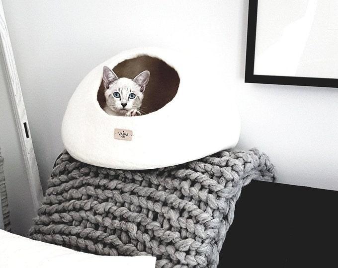 White Felt Cat Bed, High Quality Felt Cat Cave, Dog Cocoon House, Pet Furniture - Hand Felt Wool, Felted Wool Bubble - Minimal Modern Design