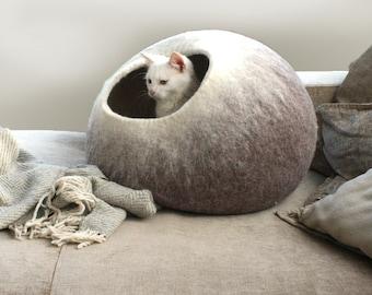 Cat Nap Cocoon / Pet Cave / Kitty Bed /Dog House / Felt Vessel - Hand Felted Wool - Crisp Modern Design - Beige Ombre Cat Bubble
