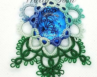 Iced Rose Drop  - Floral Tatting Lace Ornament with instructions for multiple sizes and variations.