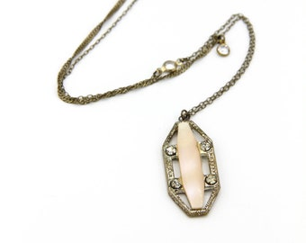 Pearl- Vintage Mother of Pearl Art Deco Brooch Necklace