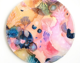 Resin covered print on round panel, Dive