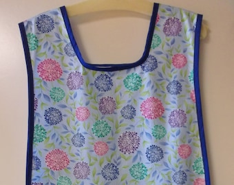 Zinnia Flowers on a Cobbler Apron   (SIZE LARGE)  #2074