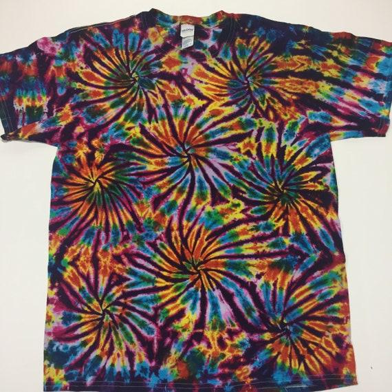 ccd3040fca7f tie dye Large Fireworks shirt tye die tiedyes